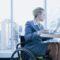 Как оформить компенсацию за телефон пенсионеру?