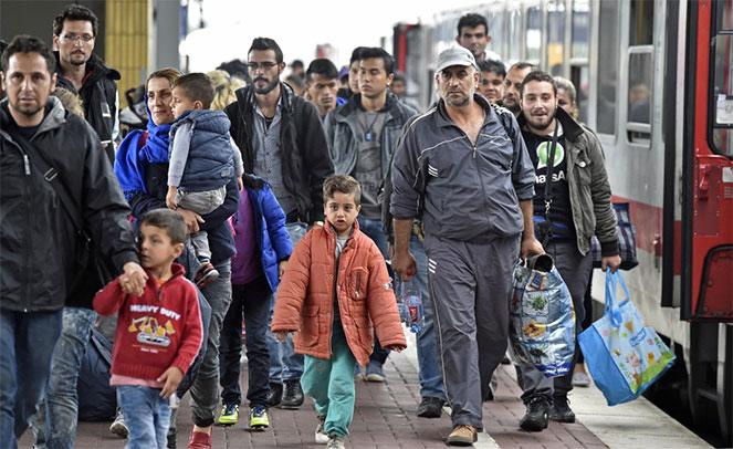 для получения статуса беженца ходатайство подается в